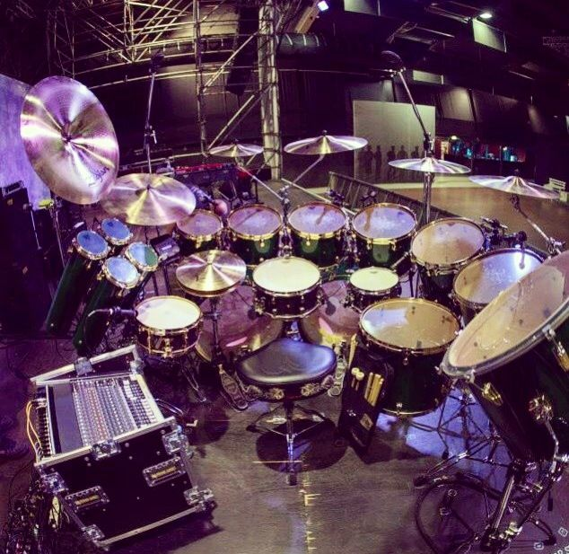 Simon Phillips drum kit. Pic from: Instagram @drummingstuff. #Tama #Zildjian