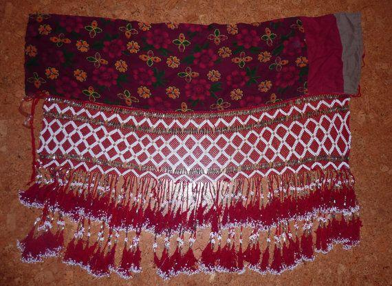 Tribalgürtel Jalaar rote Perlenarbeit aus Zentral von neemaheTribal