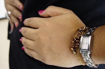http://www.legalmenteentaco12.com/2012/07/pulseras-en-cp-moda-de-coleccion.html