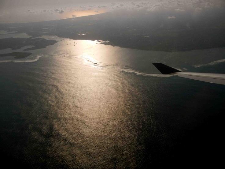 Somewhere between Hong Kong and Bali.. - 08.11  #bali #hongkong #flight #sea