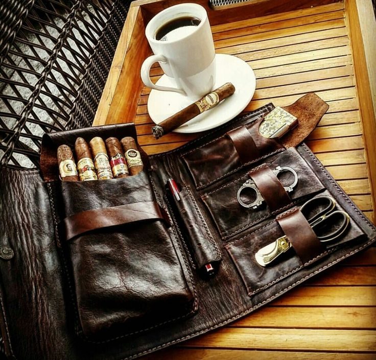 """179$ - """"The Weekender"""" Hand-Made Leather Cigar Organizer!!"""