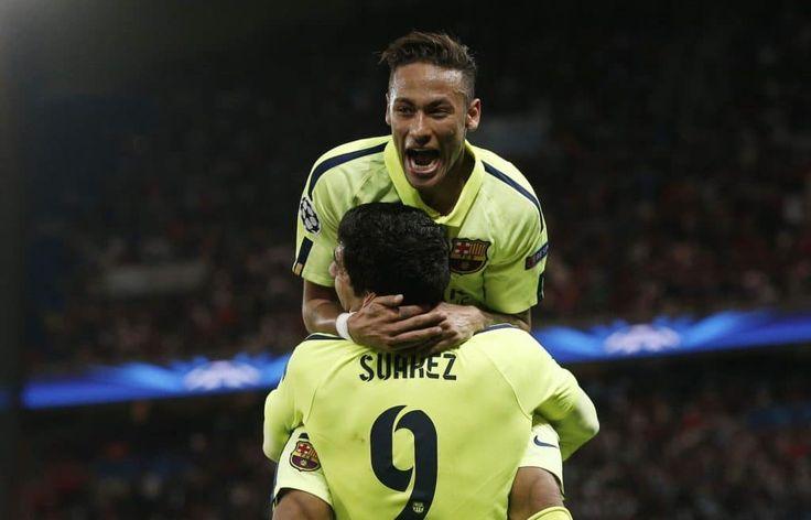 Après Lionel Messi notamment, c'est au tour de Luis Suarez de dire au revoir à Neymar, qui s'engagera dans les prochaines heures en faveur du PSG. « Mon ami, je te souhaite le meilleur dans tout ce qui va t'arriver. Merci pour ton soutien, pour tout ce que j'ai appris avec toi et pour tous les moments uniques que nous avons passés ensemble. Reste comme tu es et ne change jamais, je t'aime petit frère », a écrit l'attaquant uruguayen du FC Barcelone sur Instagram. Amigo...