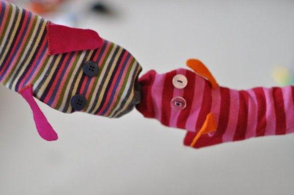 Manualidades para niños: títeres fáciles con calcetines