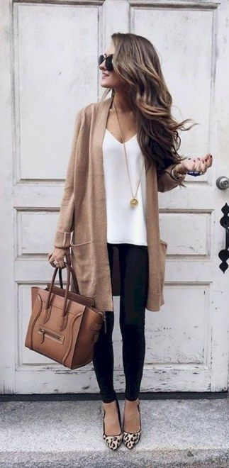 Casual Women Outfits With Cardigan For Spring 25 Favorite Snow Boots | Chic tedd…