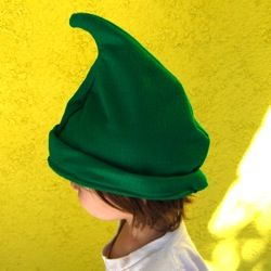 Free Elf hat pattern. Costume. http://www.make-baby-stuff.com/elf-hat-pattern.html. adapt to size.