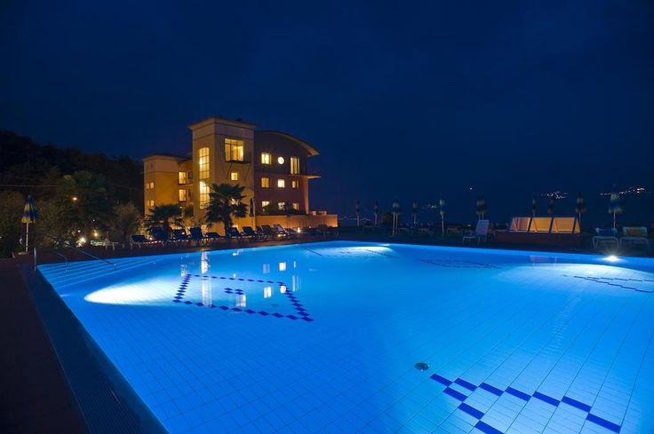 Panorama Residence Hotel – Malcesine for information: Gardalake.com