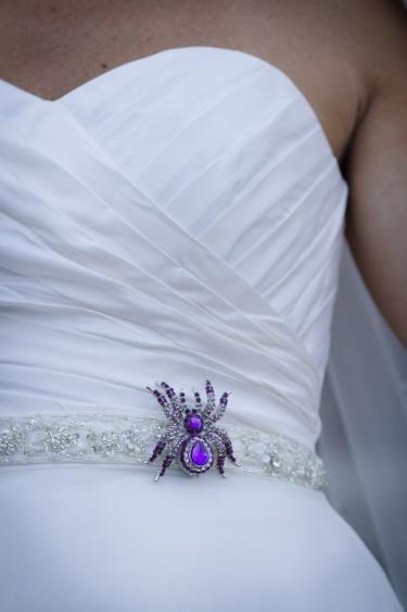 For a Halloween wedding  purple spider   Keywords: #halloweenweddings #jevelweddingplanning Follow Us: www.jevelweddingplanning.com  www.facebook.com/jevelweddingplanning/