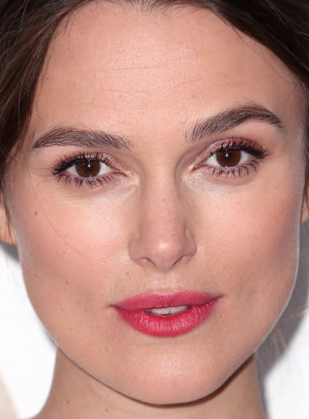Keira Knightley at the 2015 Producers Guild Awards. http://beautyeditor.ca/2015/07/09/blush-mistakes