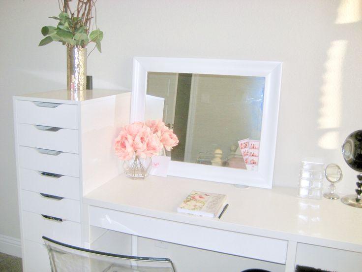 25+ Best Ideas About Makeup Tables On Pinterest