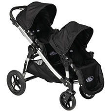 Whether you are looking for a light and easy transport for your 2 favorite little people, a downright fortress that can contain them for a few hours or anything else in between, we've got you covered with this list of the best double strollers for 2012.
