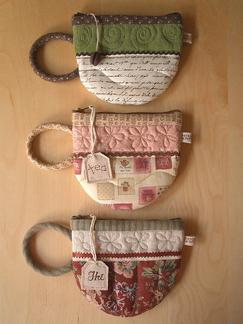 I want to make one of these adorable tea / coffee pouches! How cute!