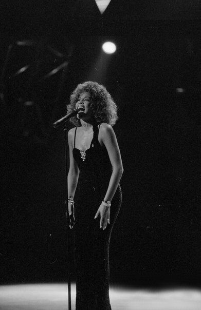 The Voice : Ms. Whitney Houston at her best.