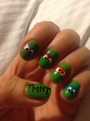 Teenage Mutant Ninja Turtle Nails! This nail art design is awesome!  Done for the #31dc2013 nail art challenge by Anna of Annie's Mannies.  A winner in green!