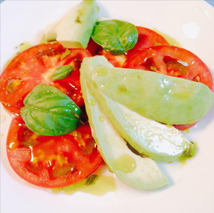 アボカド・トマトサラダ Avocado and Tomato Salad