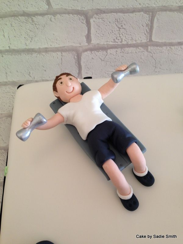 Best 25 Gym Cake Ideas On Pinterest Crossfit Cake Body