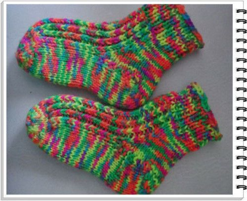 Rebornbaby  Handgestrickte Socken Baby Frühchen Reborn Fusslänge ca 9-12cm