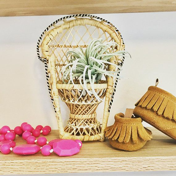 Mini Rattan Peacock Chair Plant Stand