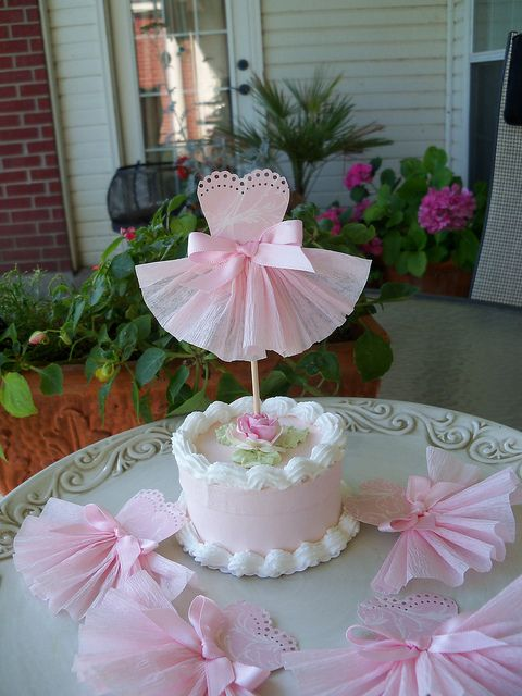 Pretty Dress Cupcake Toppers | Flickr: Intercambio de fotos