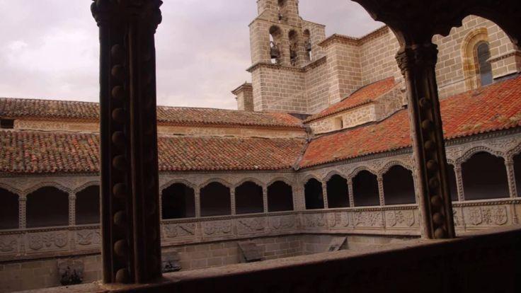Fotos de: Ávila - Monasterio de Santo Tomás y Palacio de los Reyes Catól...