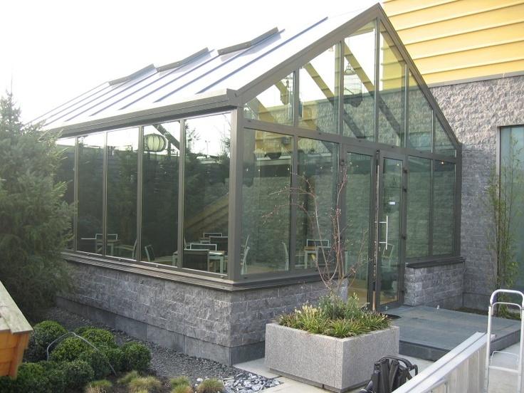 Serre met dubbele deur serres voorbeelden 49 1309 terrasoverkapping pinterest serres and met - Leuningen smeedijzeren patio ...