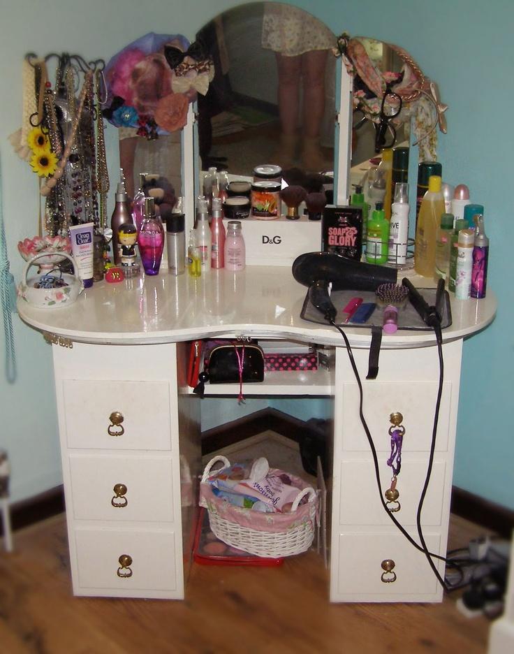 Makeup Storage Table Makeup Storage Vanities