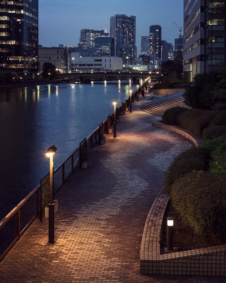 Minato 2356 http://sandman-kk.tumblr.com/post/162435500979 #Tokyo #Japan #river #night #city #lights #skyline #japan_night_view #urbanphotography #exploreeverything #instacool #photographers