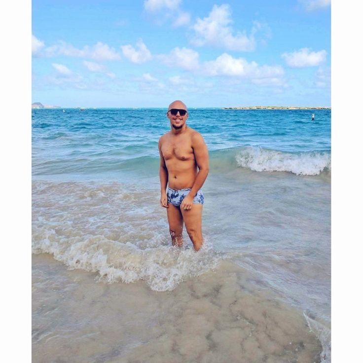 2Xist Swimwear Waimanalo Beach Oahu Hawaii