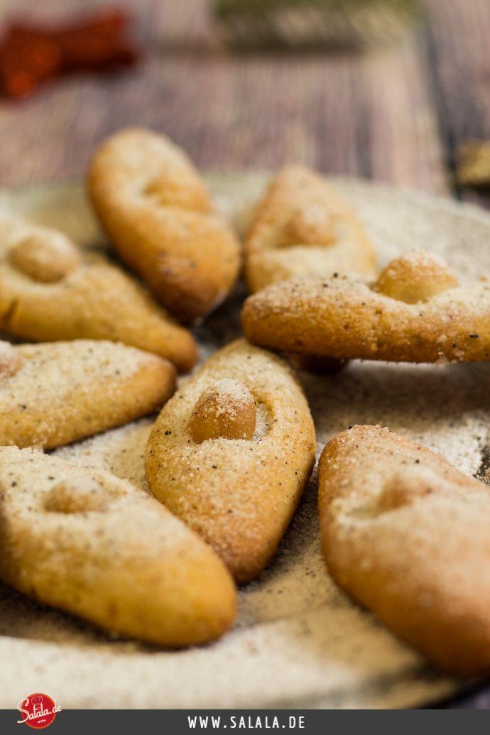Macadamia Schiffchen Weihnachtsbäckerei Low Carb - by salala.de - leckere low carb Macadamia Plätzchen ohne Mehl und Zucker, glutenfrei und gesund