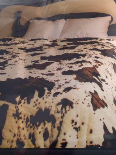 Rodeo-Cow-Cowboy-Rahwhide-Coat-Faux-Fur-Queen-Size-Blanket-79-034-x-96-034