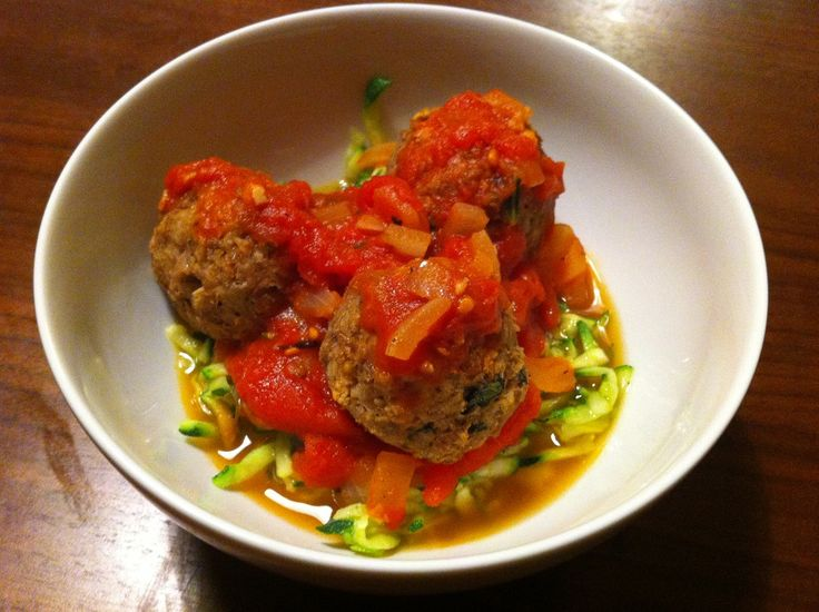 Tuna Meatballs  2 cans of tuna (fresh, sustainably sourced tuna steaks would be better, but being on a budget, this had to do)  - 1 slice of wholewheat bread  - 1 egg, beaten  - Zest and juice of 1 lemon  - 2 tbsp chopped basil  - 2 courgettes (zucchini)  - 2 portions of homemade marinara