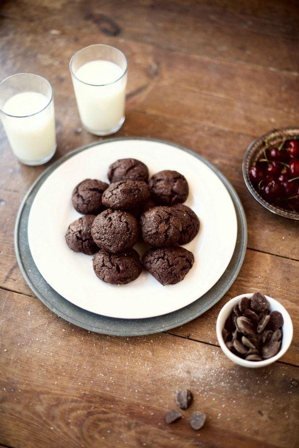 Whole Grain Double Chocolate Brownie Cookies