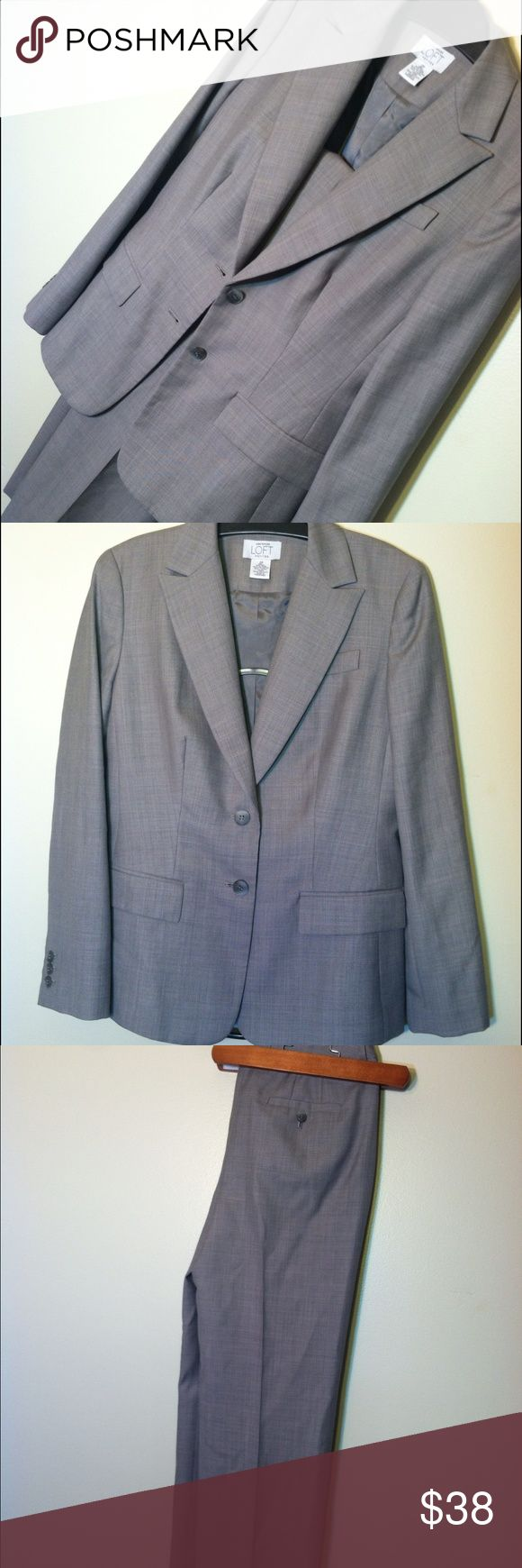 NWOT ANN TAYLOR LOFT FULL SUIT Ann Taylor Loft petite suit in great condition! Let me know if you have any questions or need anymore pictures!❤️ Ann Taylor Jackets & Coats Blazers