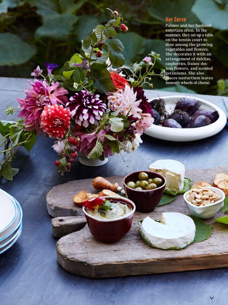 Frances Palmer's table, Bon Appetit - dahlias and berries