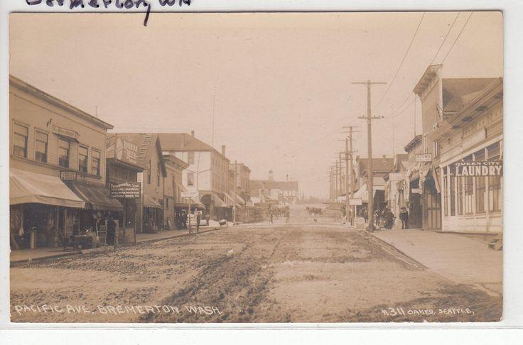 RPPC - Bremerton, Washington - Street Scene - early 1900s