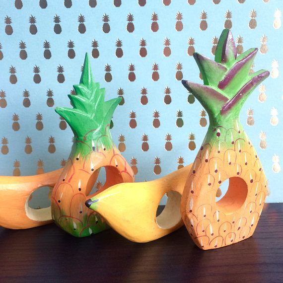 Tropical Napkin Rings // Vintage Wooden Fruit Napkin Rings //