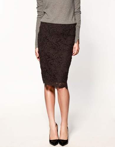 need to update my wardrobe with a lace skirt like this one from zara
