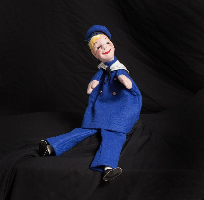 Auction item 'Vintage Sailor Hand Puppet' hosted online at 32auctions.
