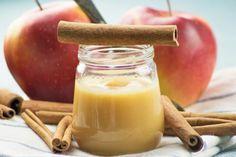Der Apfel-Zimt-Aufstrich schmeckt auf ein Butterbrot, aber auch zu Käse. Das Rezept stammt aus der Steiermark.