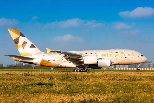 A380-800 Etihad Airways Rotating Takeoff Aircraft Wallpaper 4025