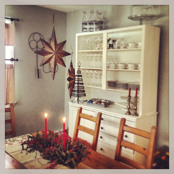 French Country Dining Room Decorated For Christmas