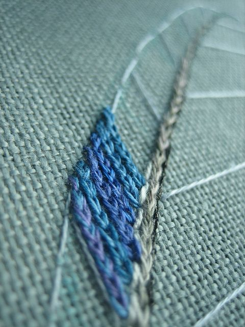 #Feather #embroidery #stitch