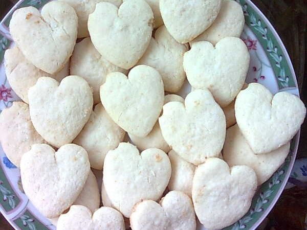 Biscoito de polvilho doce, o melhor biscoito que já comi até hoje, faça e ganhe dinheiro com esses biscoitos, ficam lindos em latinhas para dá de presente