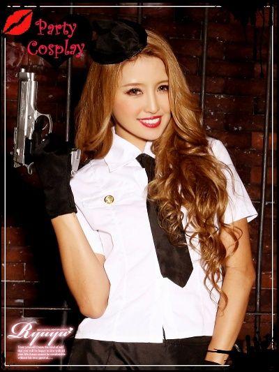 ☆トップス・スカート・帽子・グローブ・ネクタイ・Tバックの豪華なポリスコスプレ6点セット♪ ☆カッチリしたデザインのシャツでcoolに決まる大人sexyな警察官コスプレセット♪ ☆タイトスカートの婦人警官コスチュームでスタイルをアピールできるセクシーなキャバコスプレ♪ ☆coolでsexyな警官のコスプレはハロウィンパーティーやキャバクライベントにピッタリ♪