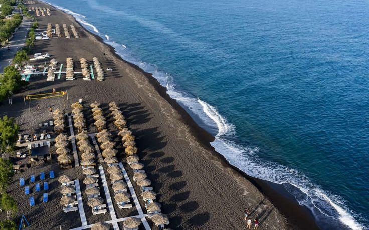 Beach near the twin cities of Perivolos & Perissa - Santorini, Greece