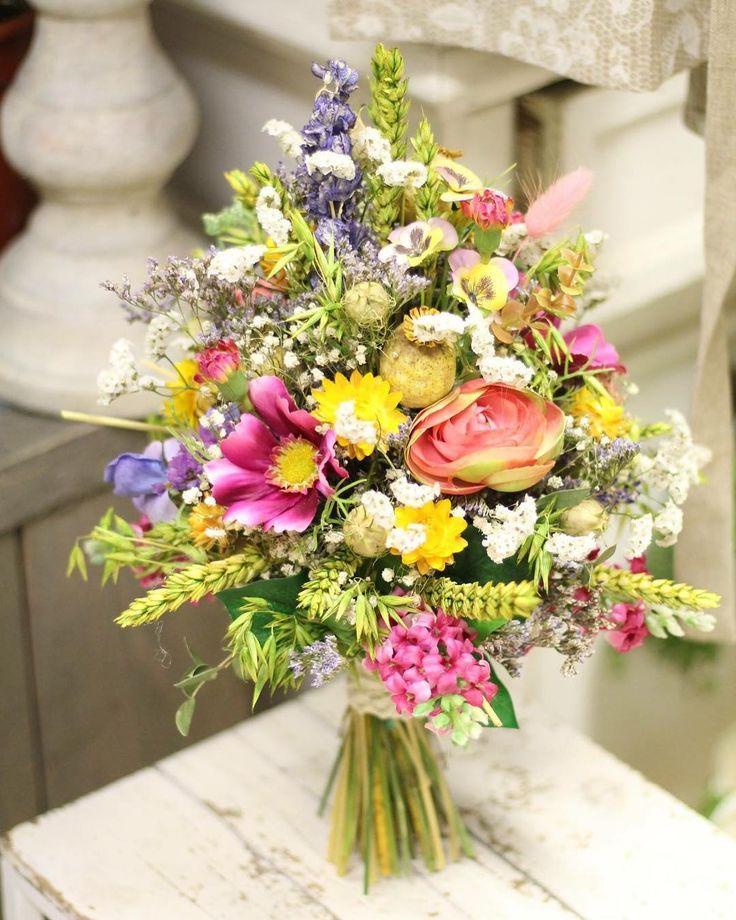 Na leto máme pre vás pripravených množstvo noviniek  #kvetysilvia #kvetinarstvo #kvety #svadba #love #instagood #cute #follow #photooftheday #beautiful #tagsforlikes #happy #like4like #nature #style #nofilter #pretty #flowers #design #awesome #wedding #home #handmade #flower #summer #bride #weddingday #floral #naturelovers #picoftheday
