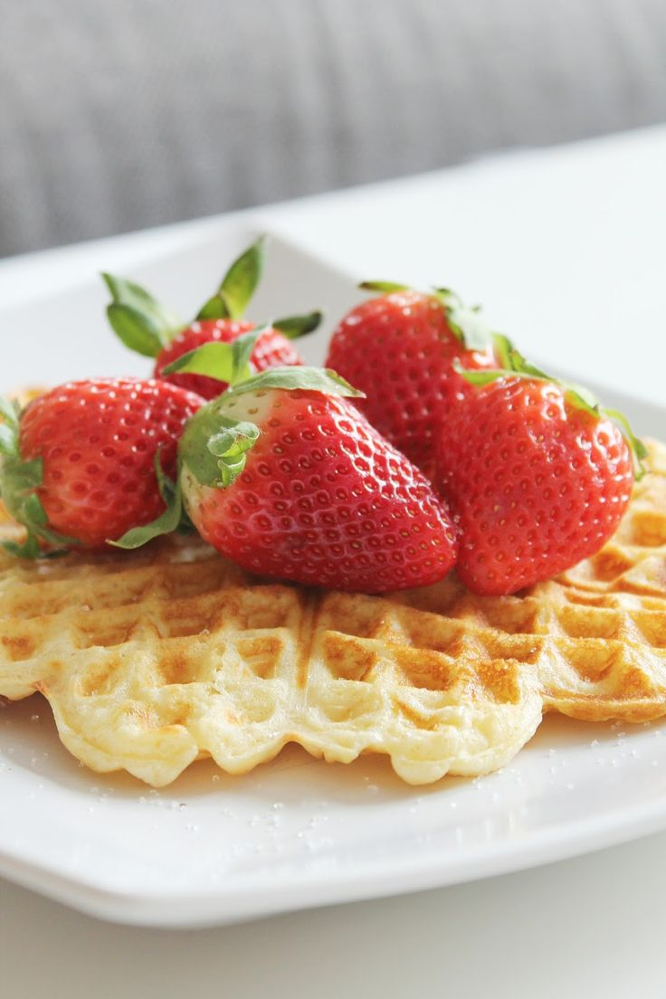 Tonjes Home - a blog about our home, style and beauty: Waffles 'nd strawberries