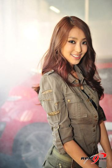 Sistar - Bora Come visit kpopcity.net for the largest discount fashion store in the world!!