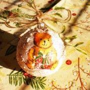 Glob Handmade Ursulet. Un globulet deosebit de haios, din polistiren, decorat folosind tehnica servetelului. La cerere se poate decora si cu alte imagini.