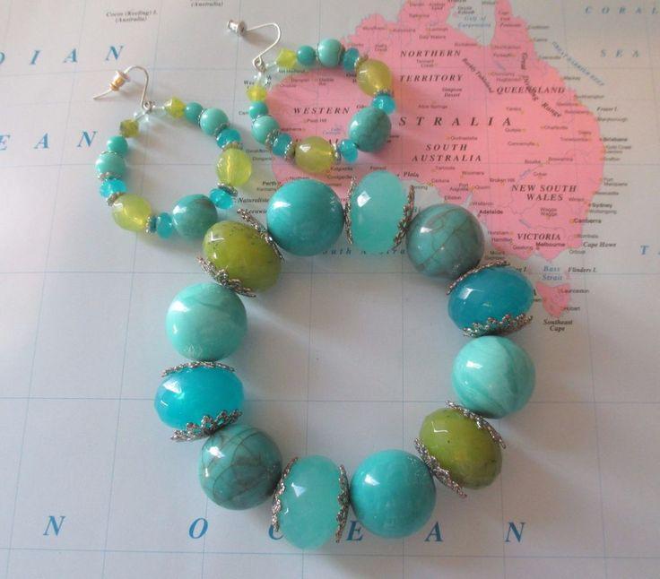 Artisan Turquoise Aqua & Green Beaded Bracelet & Earrings #stretch