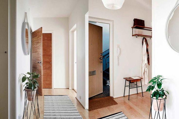 прихожая к скандинавском стиле, белые стены в коридоре, фото реальных скандинавских квартир